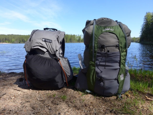 Jons new Gossamer Gear Kumo pack and my Granite Gear Crown V.C 60.