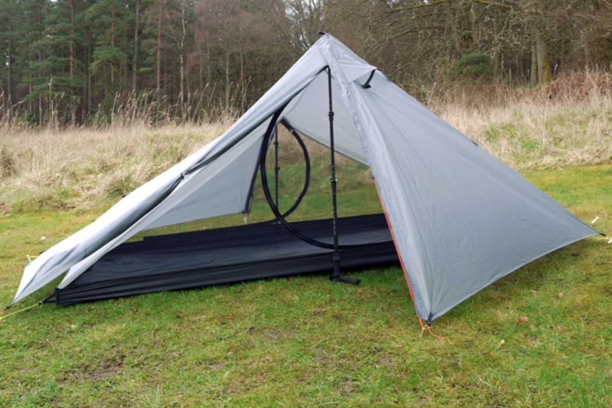 ... Hexamid Solplex tent but in silnylon rather than cuben fiber which makes it a cheaper alternative. The Stealth looks really nice too at only 590g. & New tent manufacturer in the UK u2013 Trekkertent | Lighter Packs