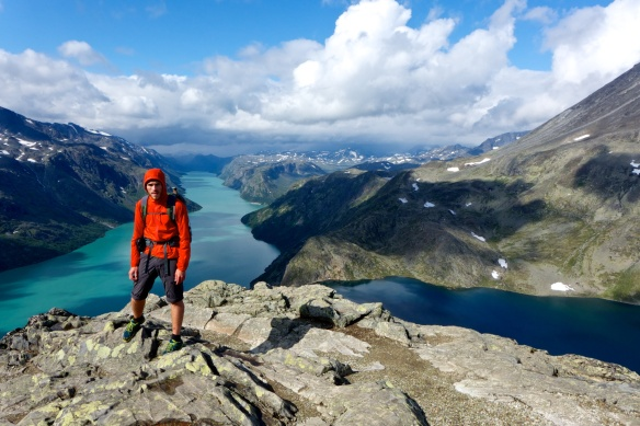 At Besseggen. Gjende to the left and Bessvatnet to the right. Love how both the lakes are in different color.
